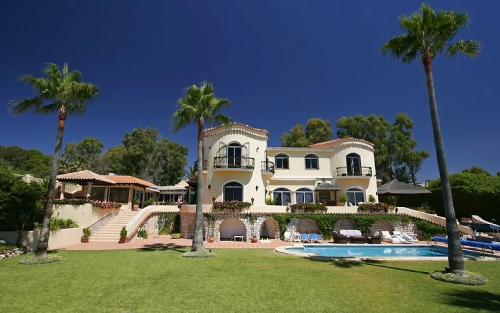 Beachfront villa for sale, Marbella