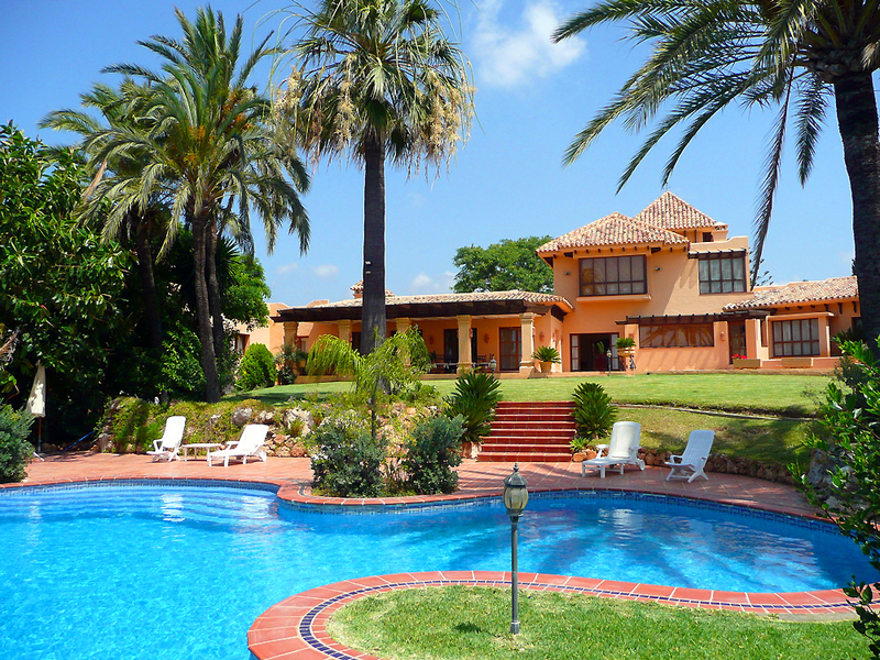 Luxury villa to buy, Marbella east.