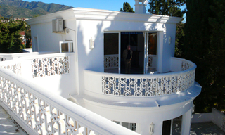 Beachfront villa property for sale, beachside Golden Mile, near Marbella centre 13