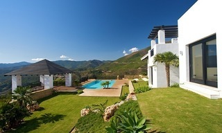 Newly built modern villa for sale, exclusive golf resort, Benahavis - Marbella 5