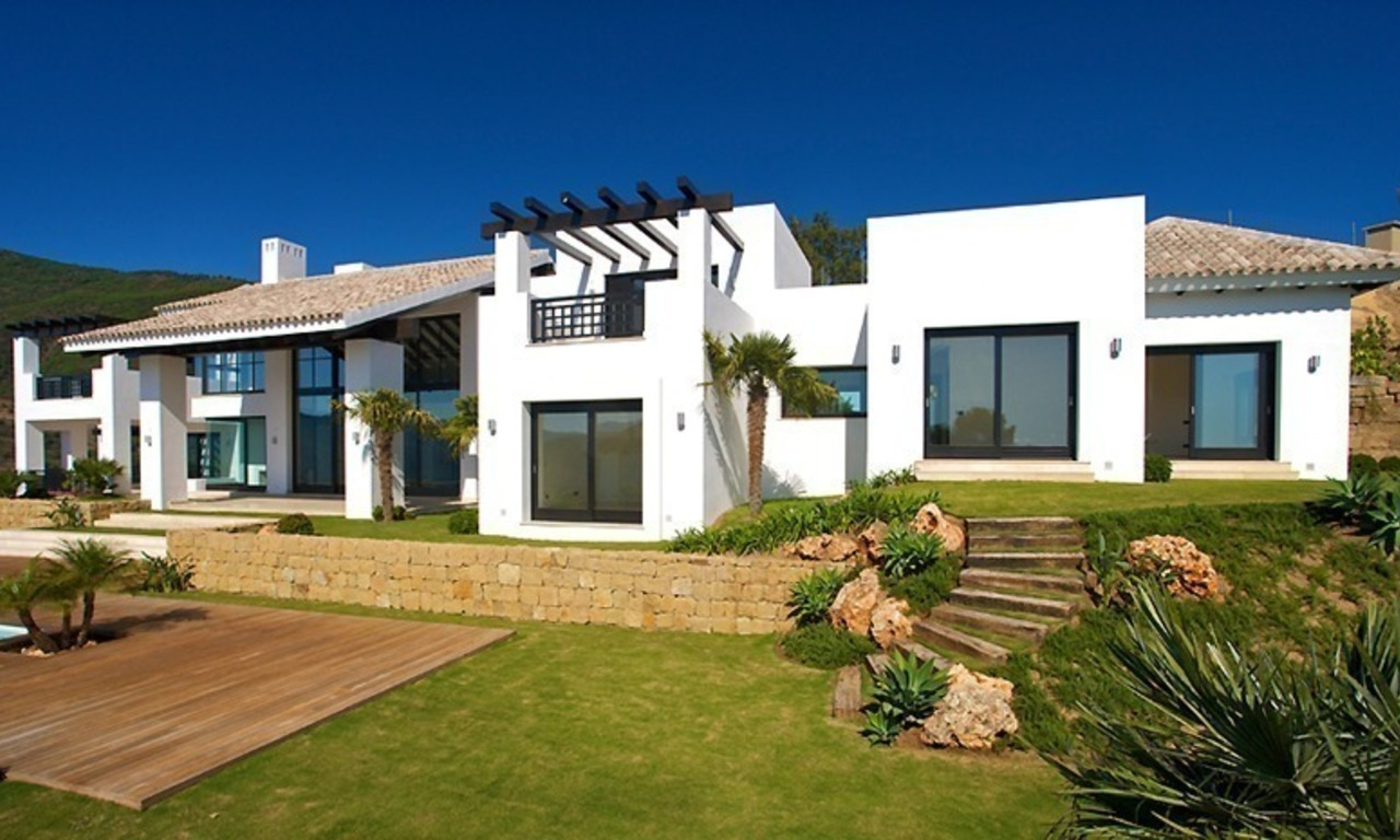Newly built modern villa for sale, exclusive golf resort, Benahavis - Marbella 6