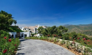 Newly built modern villa for sale, exclusive golf resort, Benahavis - Marbella 9