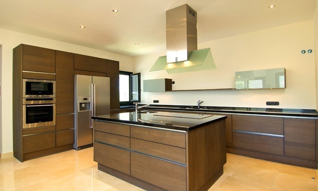 Newly built modern villa for sale, exclusive golf resort, Benahavis - Marbella 14