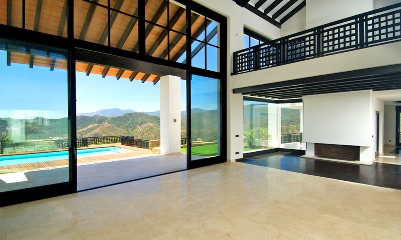 Newly built modern villa for sale, exclusive golf resort, Benahavis - Marbella 10
