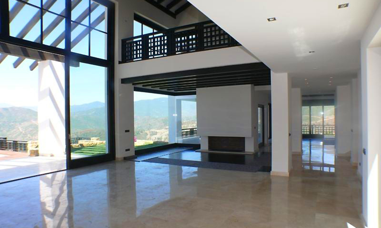 Newly built modern villa for sale, exclusive golf resort, Benahavis - Marbella 11