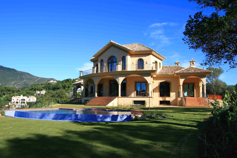 Bargain! New Villa for sale in La Zagaleta at Benahavis - Marbella