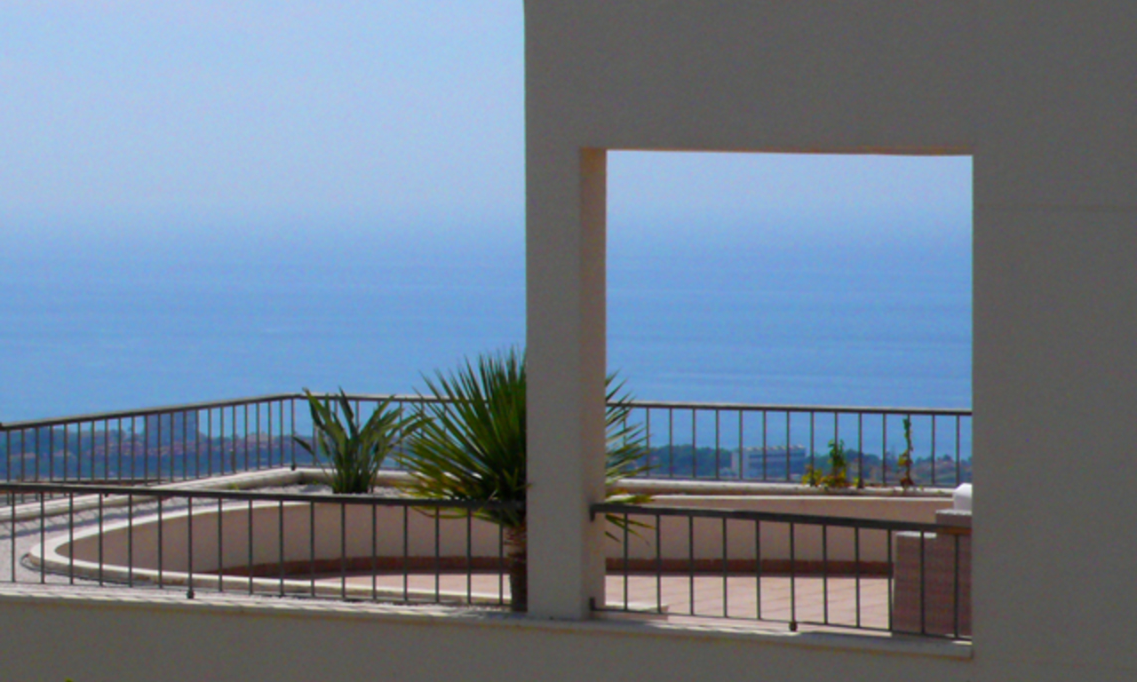 Modern luxury Apartments and penthouses for sale in Marbella 3
