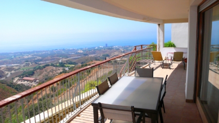 Modern luxury Apartments and penthouses for sale in Marbella 2