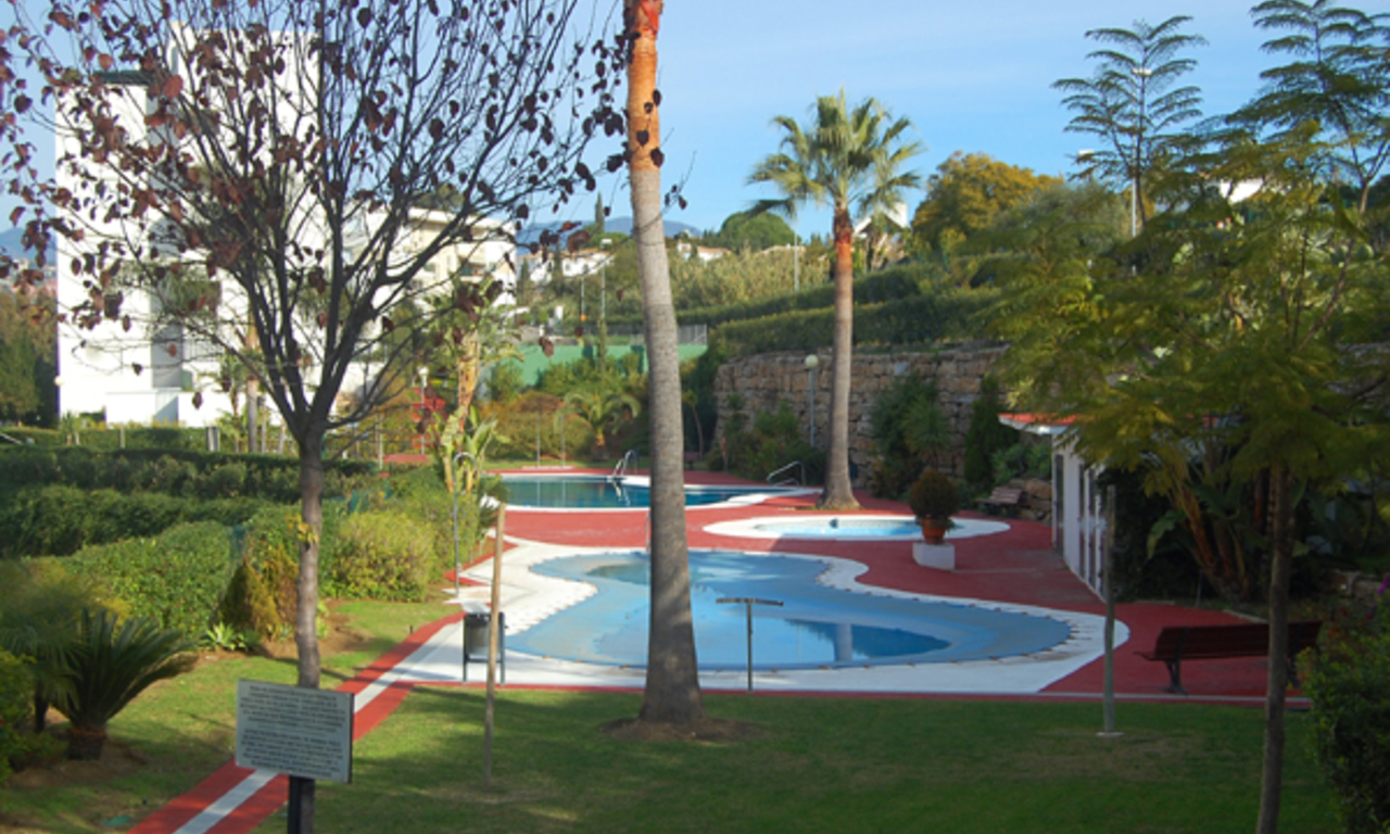 Frontline golf apartment for sale, Marbella - Benahavis 7
