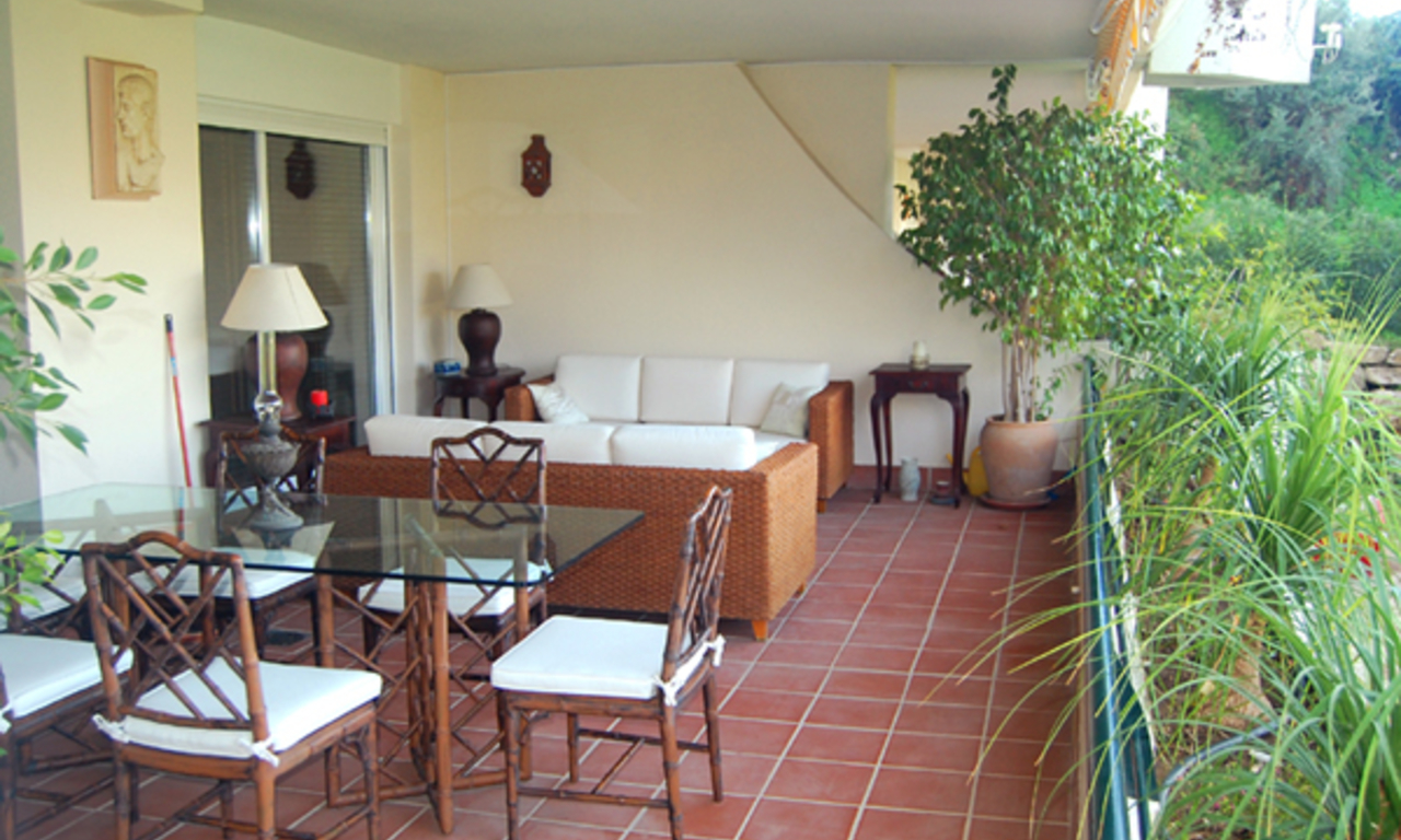 Frontline golf apartment for sale, Marbella - Benahavis 2