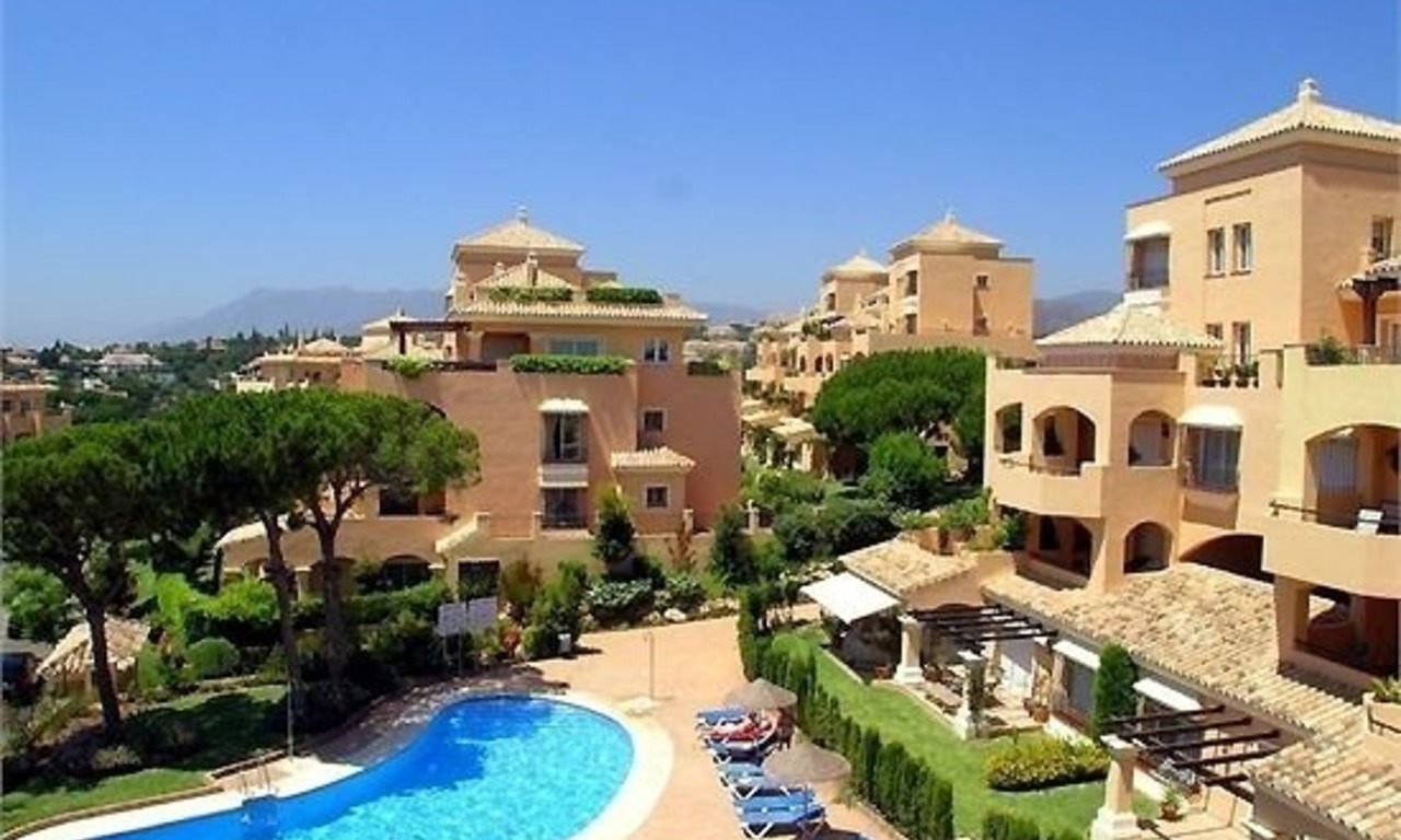Luxury apartment to buy, Elviria, Marbella 0
