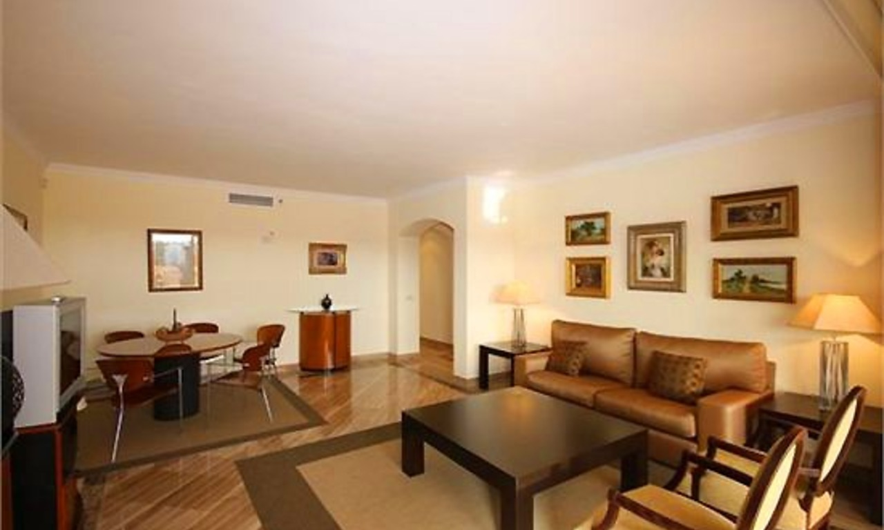 Luxury apartment to buy, Elviria, Marbella 7