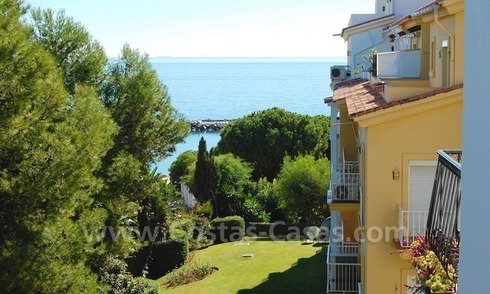 Studio apartment for sale in a beachfront complex in Puerto Banus - Marbella