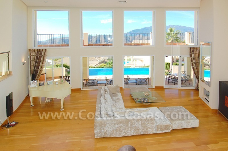 Contemporary style luxury villa for sale in Marbella
