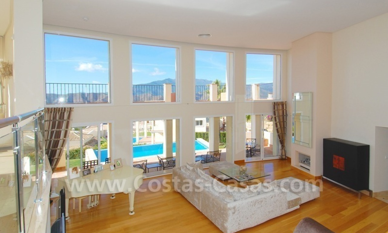 Contemporary style luxury villa for sale in Marbella 6