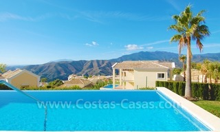 Contemporary style luxury villa for sale in Marbella 26