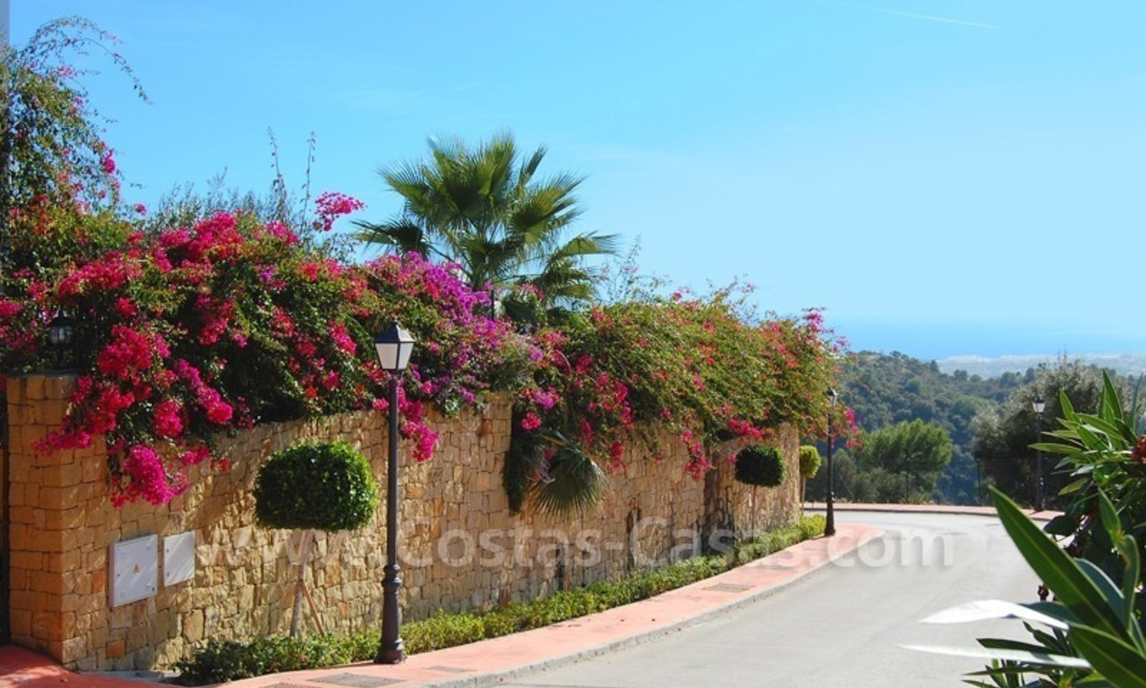 Contemporary style luxury villa for sale in Marbella 28