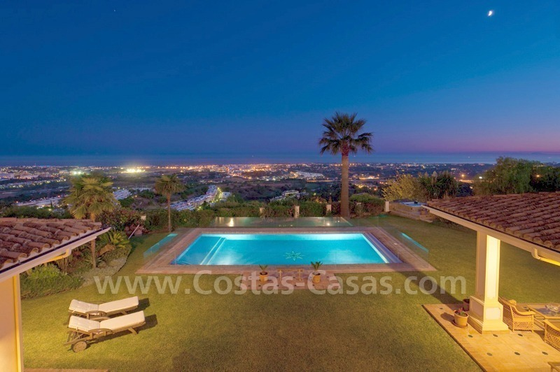 Exclusive villa for sale with a panoramic views, prestigious gated community, Marbella – Benahavis