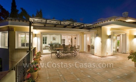 Exclusive villa for sale with a panoramic views, prestigious gated community, Marbella – Benahavis 3