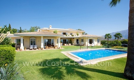 Exclusive villa for sale with a panoramic views, prestigious gated community, Marbella – Benahavis 4