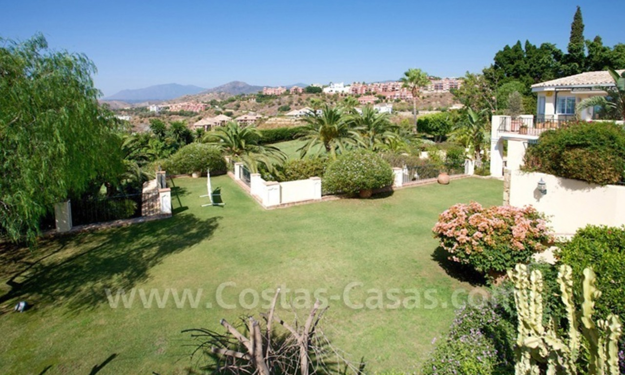 Exclusive villa for sale with a panoramic views, prestigious gated community, Marbella – Benahavis 13