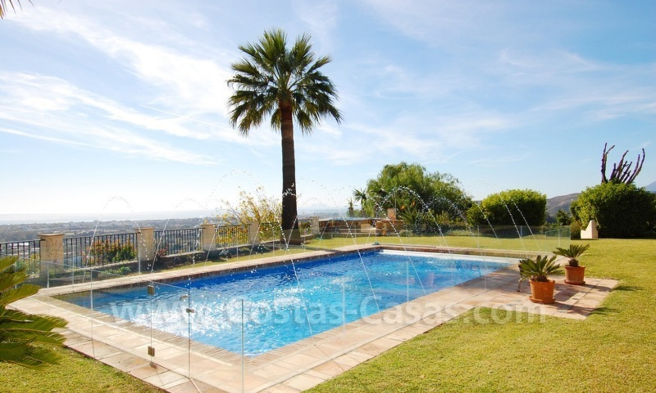 Exclusive villa for sale with a panoramic views, prestigious gated community, Marbella – Benahavis 7
