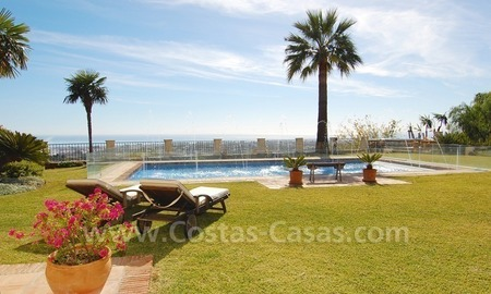 Exclusive villa for sale with a panoramic views, prestigious gated community, Marbella – Benahavis 6