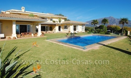 Exclusive villa for sale with a panoramic views, prestigious gated community, Marbella – Benahavis  5