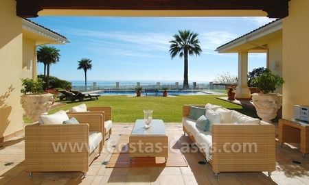 Exclusive villa for sale with a panoramic views, prestigious gated community, Marbella – Benahavis 9