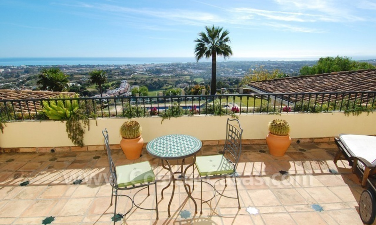 Exclusive villa for sale with a panoramic views, prestigious gated community, Marbella – Benahavis 12