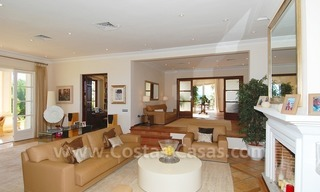 Exclusive villa for sale with a panoramic views, prestigious gated community, Marbella – Benahavis 17