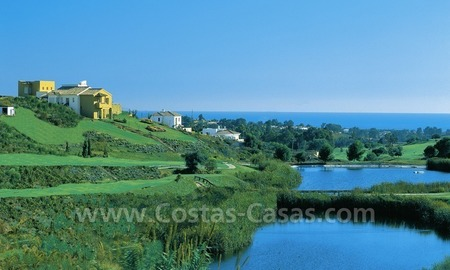Luxury front line golf villa for sale in Marbella - Benahavis with spectacular views to the sea, golf and mountains 2