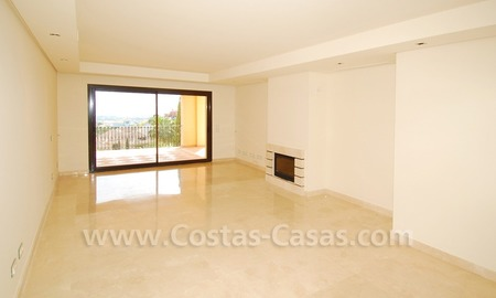 Modern luxury apartment for sale with spectacular sea views, Golf resort Marbella 7