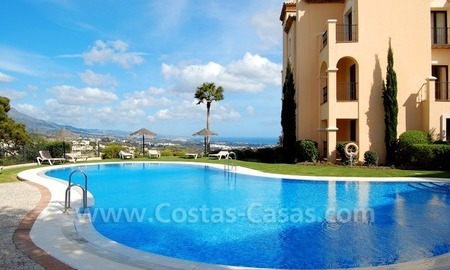 Modern luxury apartment for sale with spectacular sea views, Golf resort Marbella 23