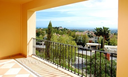 Modern luxury apartment for sale with spectacular sea views, Golf resort Marbella 3