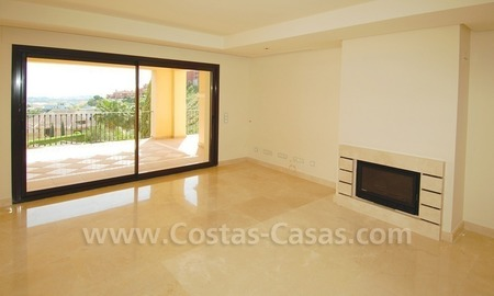 Modern luxury apartment to buy with spectacular sea views, Golf resort Marbella 5