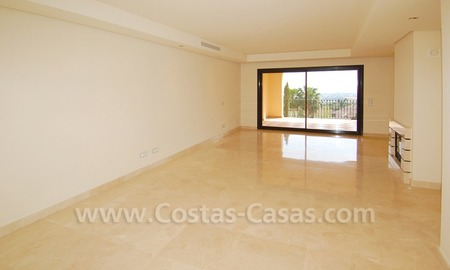 Modern luxury apartment to buy with spectacular sea views, Golf resort Marbella 7