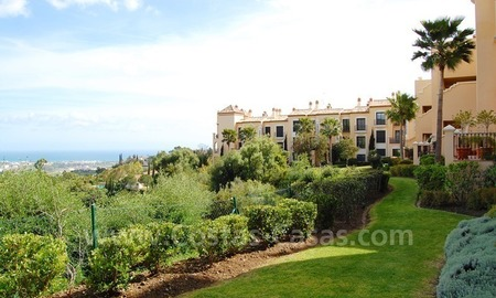 Modern luxury apartment to buy with spectacular sea views, Golf resort Marbella 1