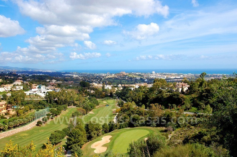 Modern luxury apartment to buy with spectacular sea views, Golf resort Marbella