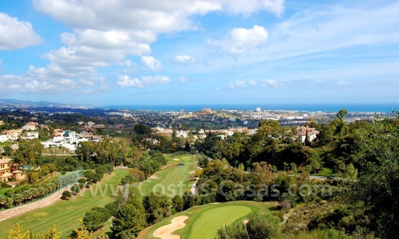 Modern luxury apartment to buy with spectacular sea views, Golf resort Marbella 0