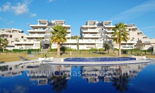 Modern luxury golf apartments with sea views for sale in the area of Marbella - Benahavis 1