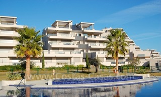 Modern luxury golf apartments for sale in the area of Marbella - Benahavis 2