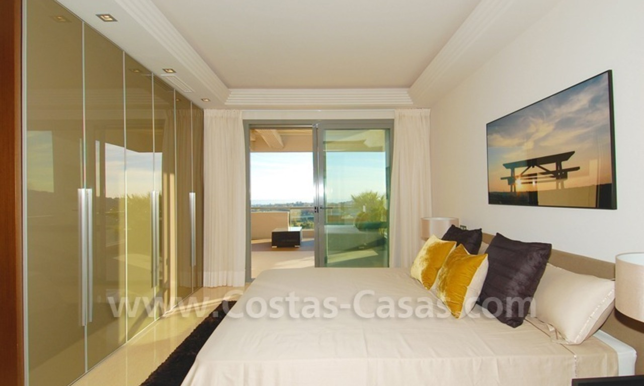 New Modern luxury golf apartments for sale in the area of Marbella - Benahavis 19
