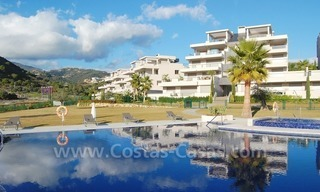 Modern luxury golf apartments for sale in the area of Marbella - Benahavis 3