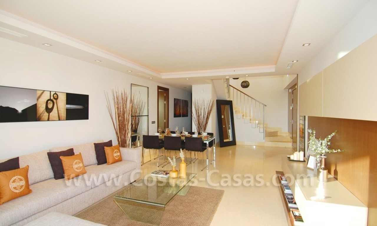 Modern luxury golf apartments with sea views for sale in the area of Marbella - Benahavis 16