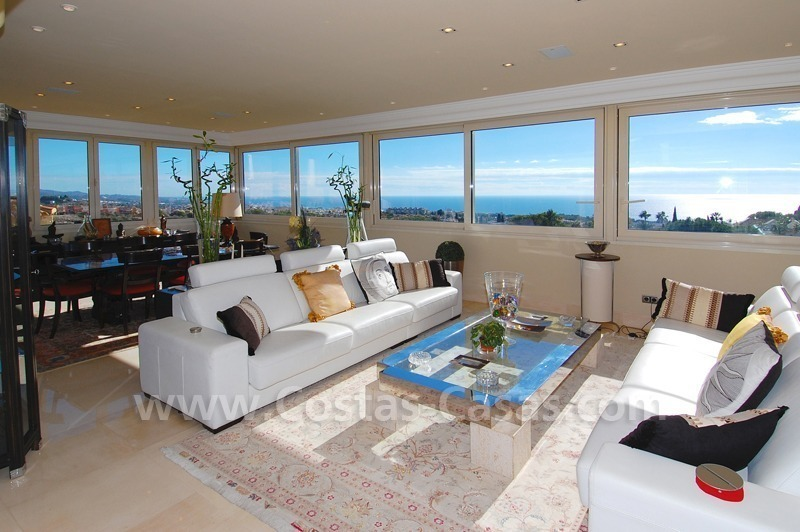 Luxury penthouse apartment for sale in Sierra Blanca, Marbella