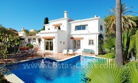 Villa for sale close to the beach in the area of Marbella – Estepona