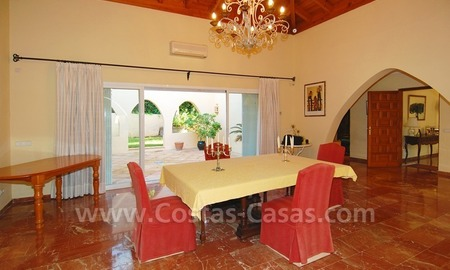 Beachside villa for sale, close to the beach, in Marbella 14