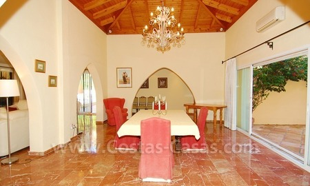 Beachside villa for sale, close to the beach, in Marbella 16
