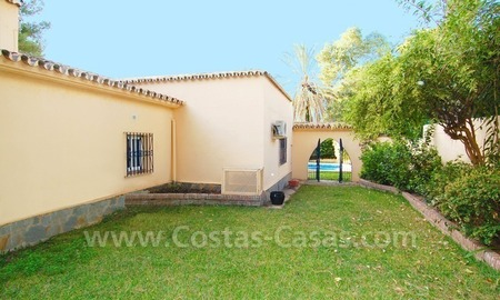 Beachside villa for sale, close to the beach, in Marbella 2